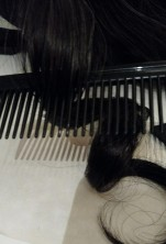 comb in curly tress